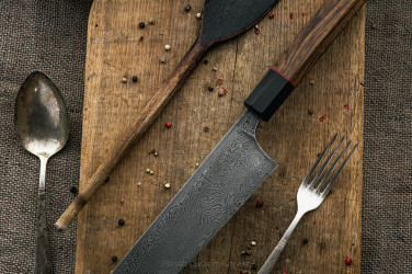 NÓŻ GYUTO DAMAST 210 mm SJ